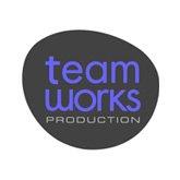 Team Works - Red Skios